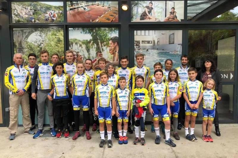 effectif jeunes club ffc cycliste aubenas